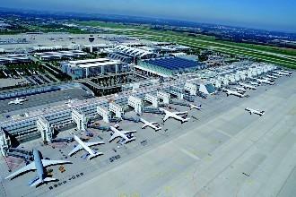 长沙铁航职业中等技术学校2019年空乘就业形势